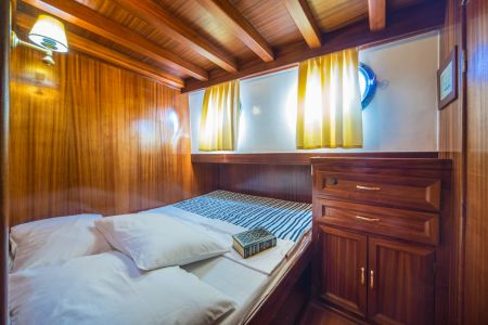 Doube bed cabin